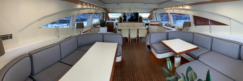 refit intérieur Yacht MANGUSTA 108